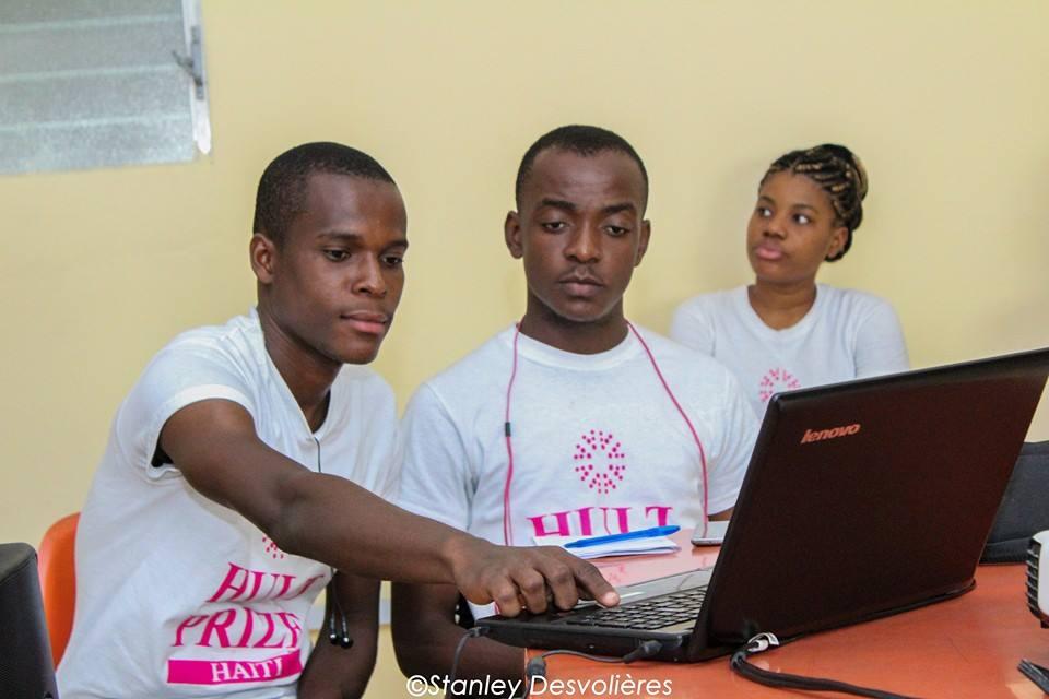 Des membres de l'équipe Hultz Price Haiti. Photo: Facebook Hultz Price Haiti.