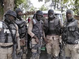 Des agents de l'UDMO en uniforme./Photo: Piwilimagazine