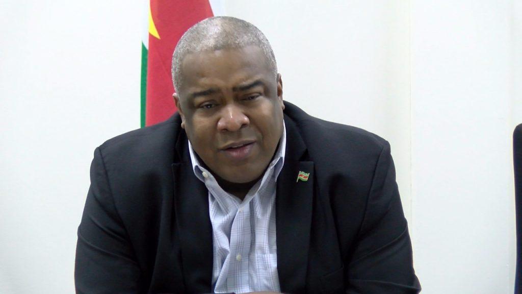 Minister Hoefdraad van Financien. Foto: NII.