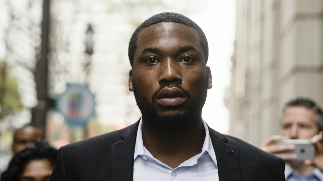 Rapper Meek Mill arrives at the criminal justice center in Philadelphia, Monday, Nov. 6, 2017.  (AP Photo)