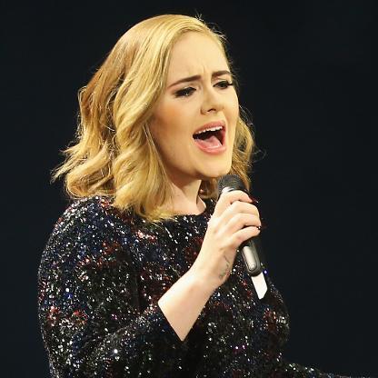 La chanteuse Adele, parmi les mieux payées au monde en 2017./Photo: Forbes