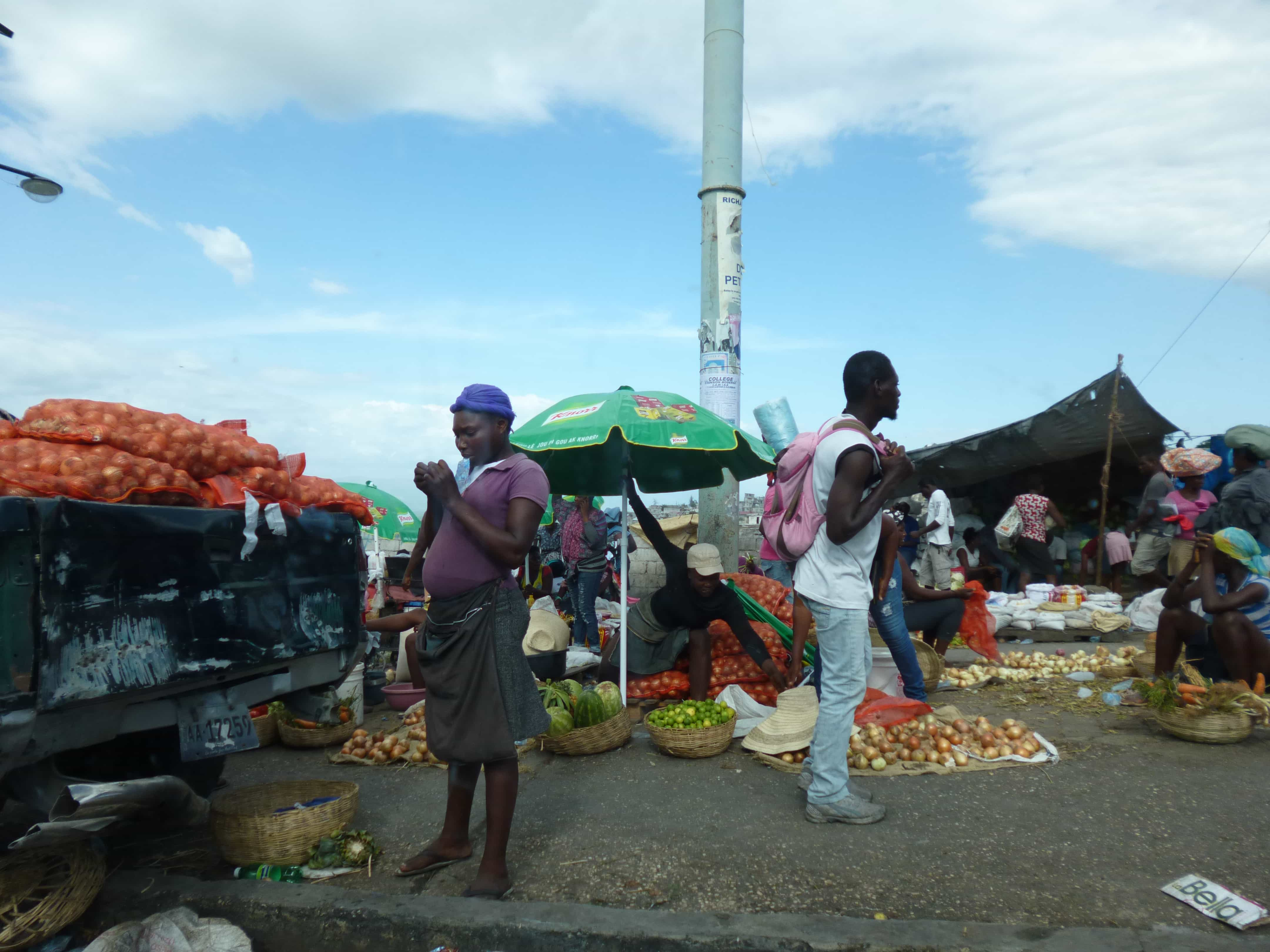 Marché en Haiti. Photo : Registry