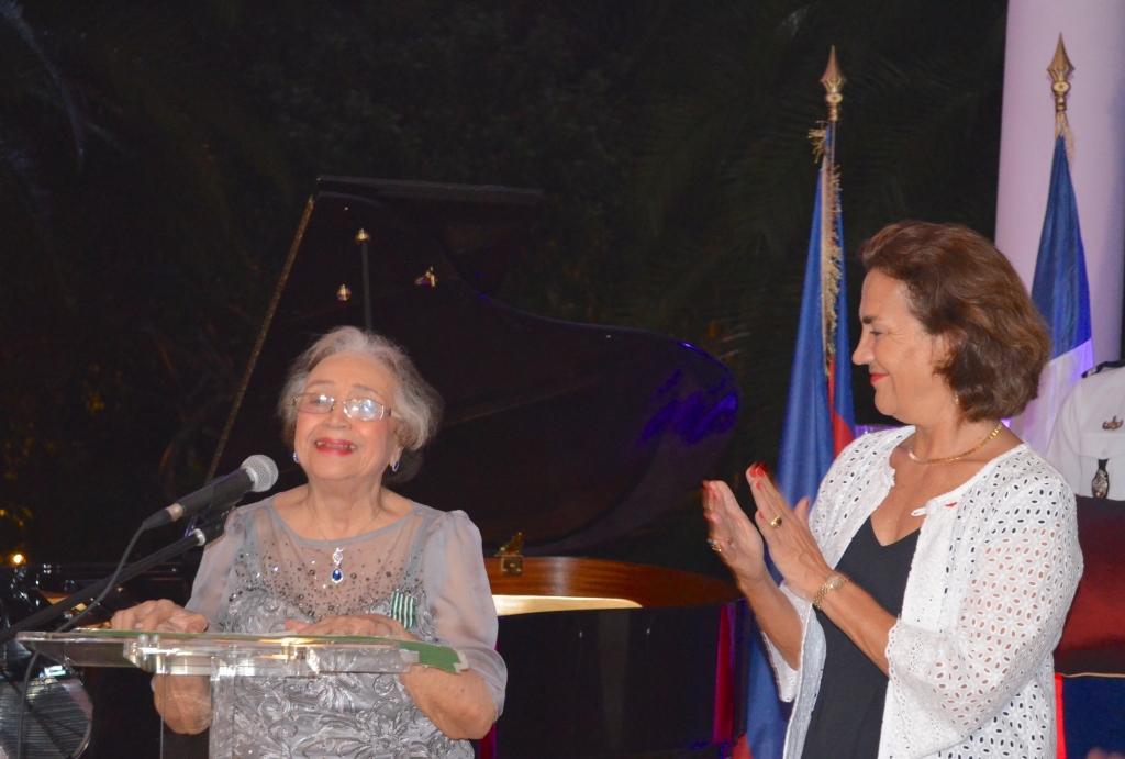 Mme Laudun Denis et Mme Elisabeth Beton Delègue. Photo : Ambassade de France en Haiti