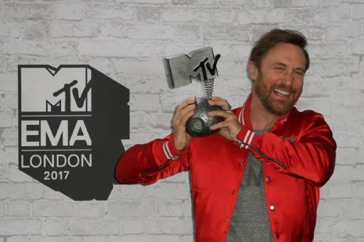 AFP / Daniel LEAL-OLIVAS  David Guetta récompensé au MTV Europe Music Award, le 12 novembre 2017 à Londres