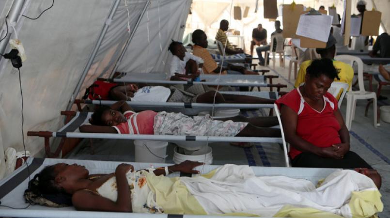 Des malades du choléra hospitalisés.