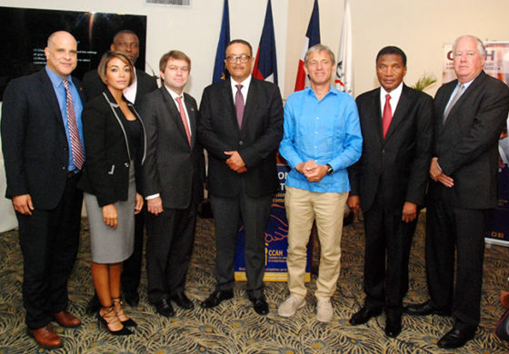 Quelques officiels ayant assisté à la signature du protocole d'entente entre la Chambre de Conciliation et d'Arbitrage d'Haïti (CCAH) et le Centre de Résolution Alternatif de Controverses (CRC) de la République Dominicaine. Photo: St. Lucia Times