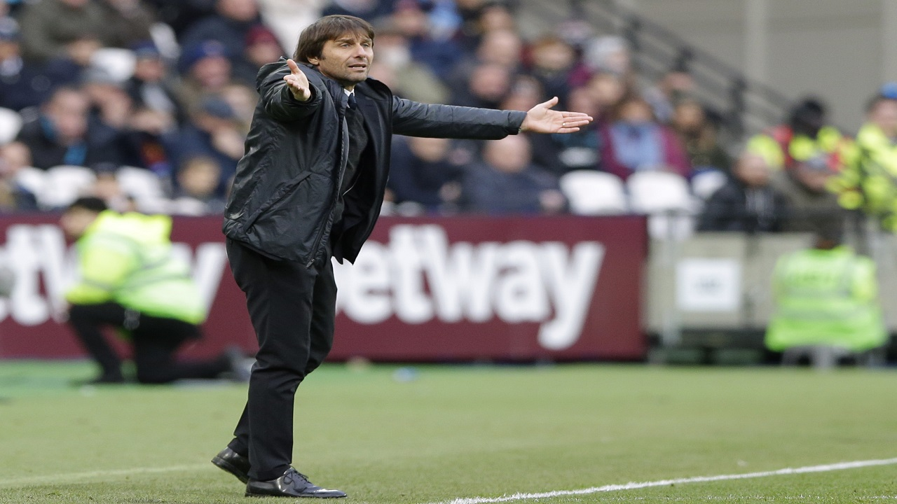 Chelsea's manager Antonio Conte reacts during the English Premier League football game against West Ham United at the stadium in London, Saturday, Dec. 9, 2017.