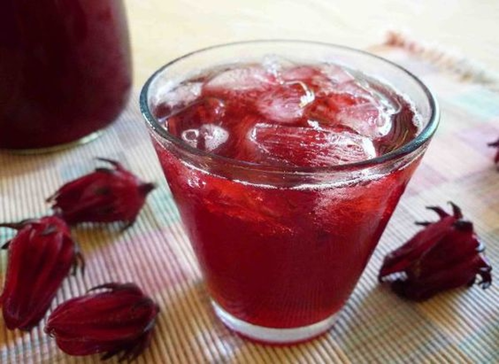 File photo of a glass of sorrel drink.
