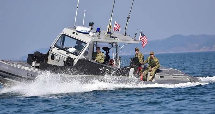 L'équipage de la garde côtière Cutter Valiant a intercepté 67 migrants haïtiens jeudi 30 novembre 2017, à environ 51Km au nord-est de l'île de la Tortue, en Haïti. Photo: Diaro Libre.