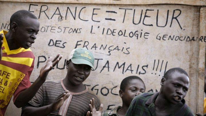 La France face au génocide rwandais. Photo : Jose Cendon, AFP
