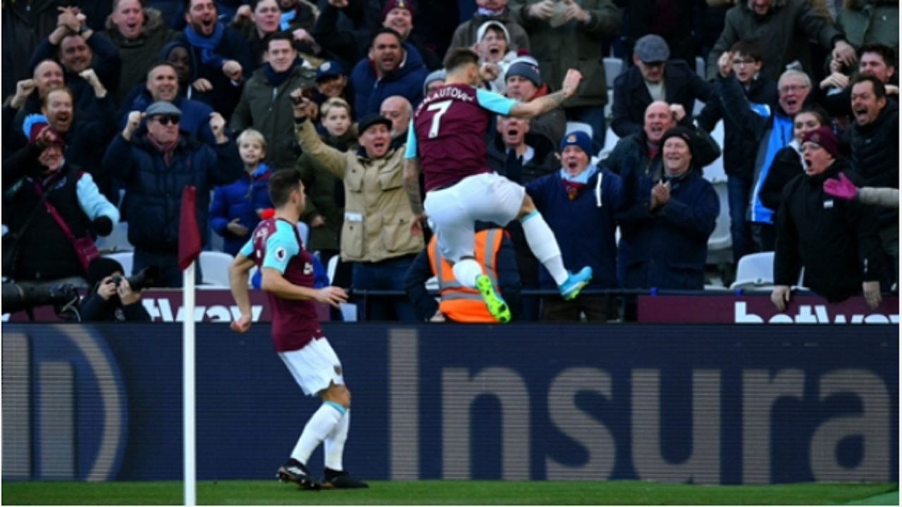West Ham's Marko Arnautovic celebrates.
