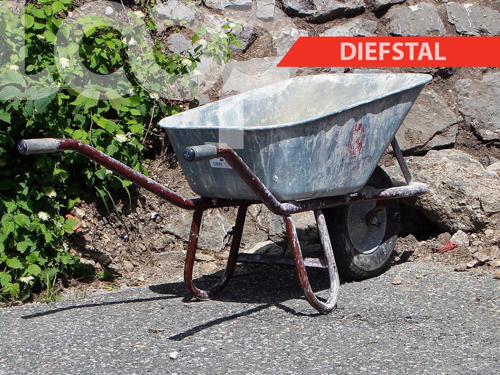 De politie heeft aangegeven dat eventuele eigenaren of benadeelden zich persoonlijk in verbinding stellen met de politie van Santo Boma om te kijken als het hun kruiwagen mocht zijn.