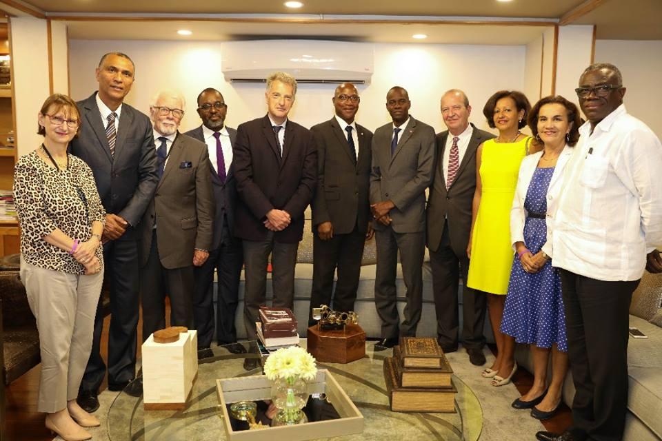 Des élus de Guadeloupe et de Guyane ont été reçus hier mardi en audience au palais national par le président de la république. Photo: Presidence D'Haïti