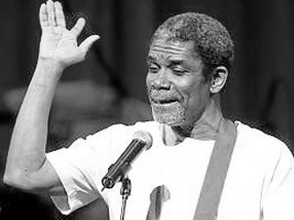 Le chanteur Manno Charlemagne./Photo: Haitilibre.com
