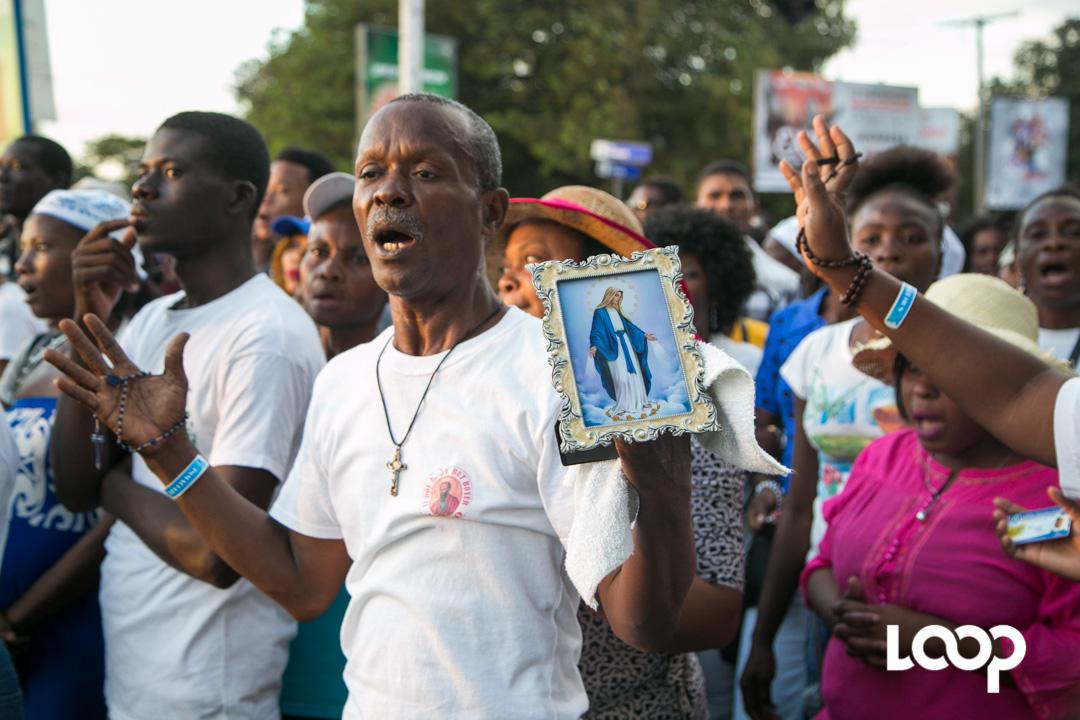 Les rues de la capitale bondées de fidèles catholiques à l'occasion des 75 ans de la congrégation du Notre-Dame Perpétuel secours./Photo: Estailove Saint-Val-Loop Haiti