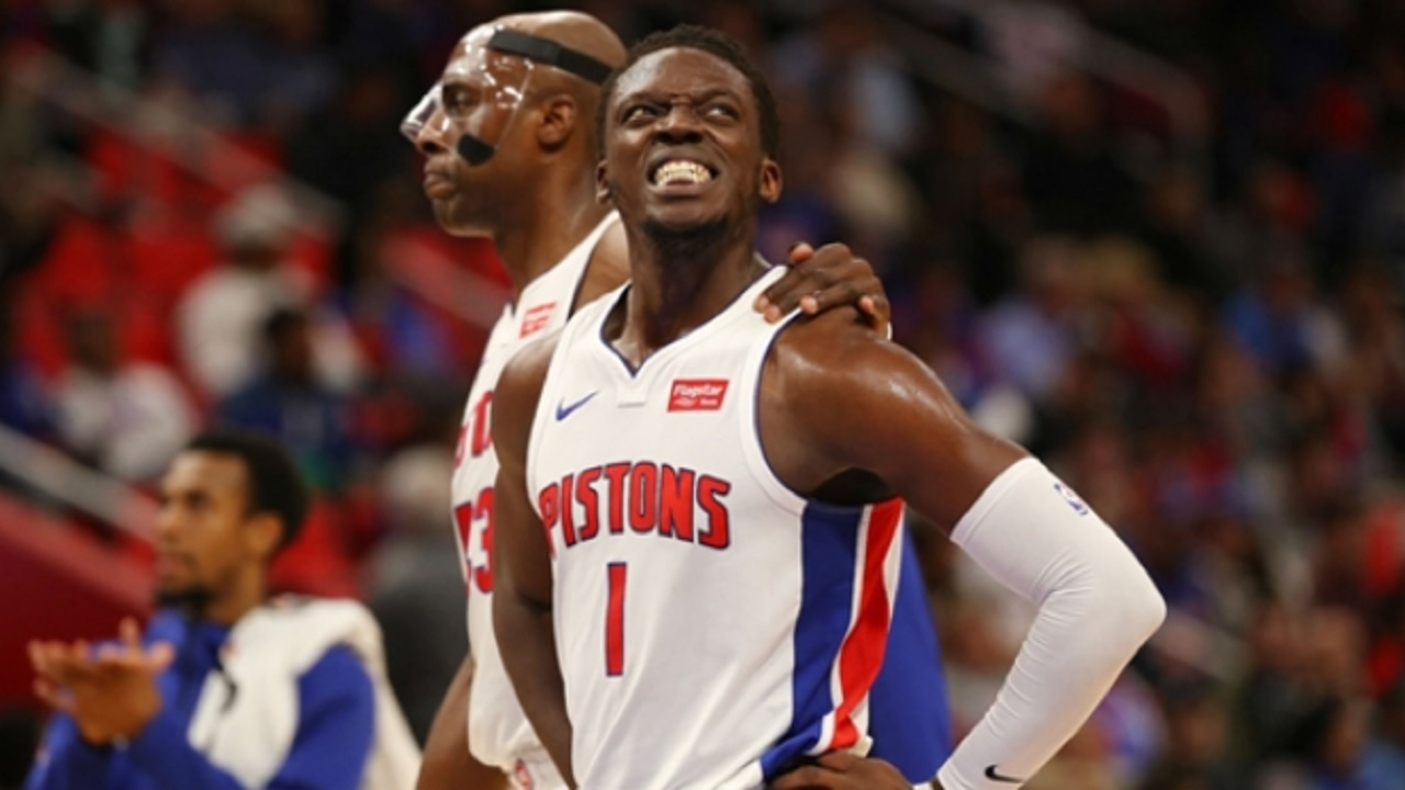 Pistons' Reggie Jackson leaves game after rolling right ankle