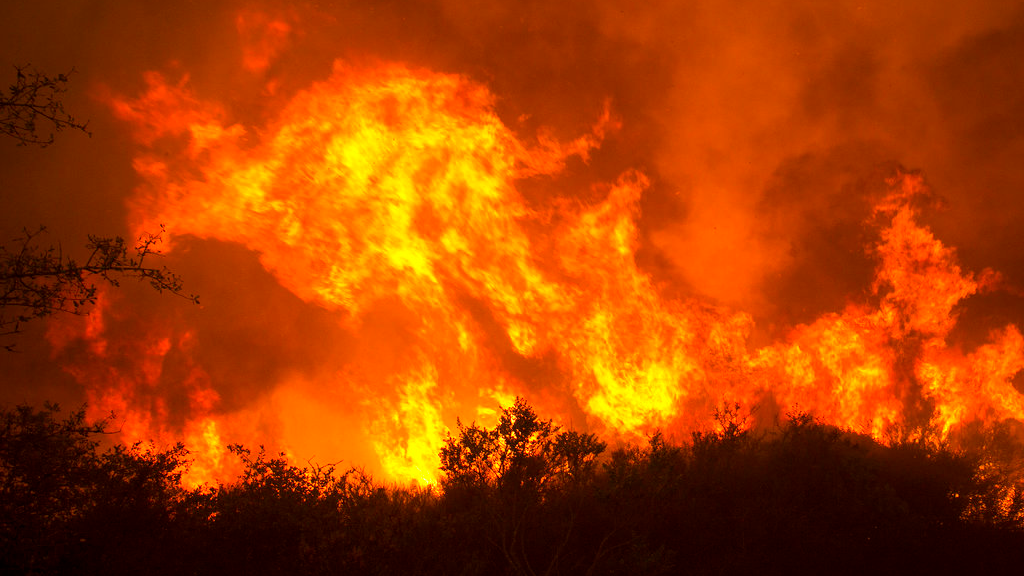 days of toil bring hard won gains over huge california fire loop news
