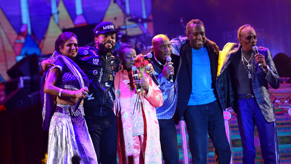 Machel embraces the veterans at his annual show.