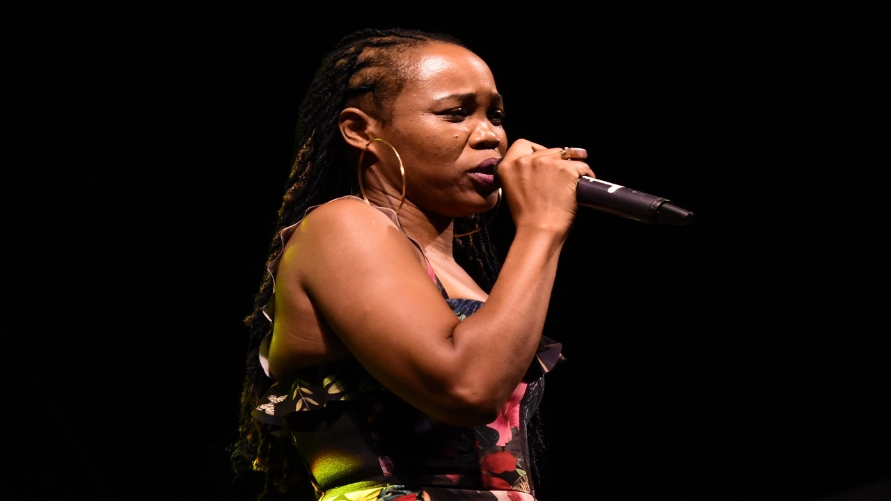 Queen Ifrica speaks to audience members at the Portmore Music Fest on Friday. (PHOTO: Marlon Reid)