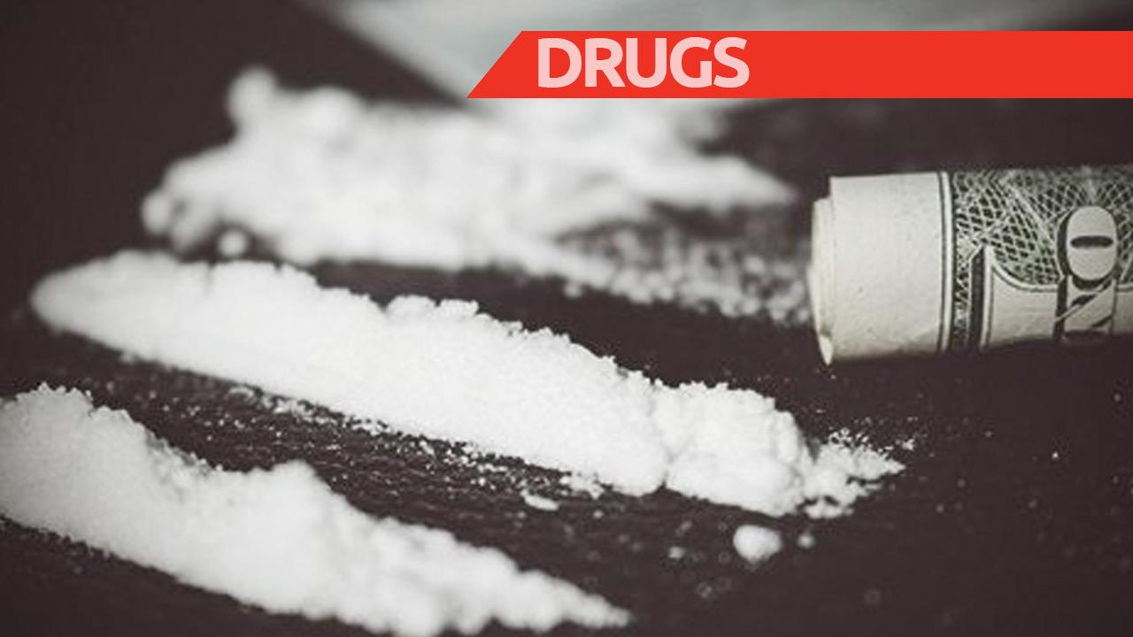 Op die bewuste dag kregen de twee heren mot over een betaling voor drugs. De woordenwisseling tussen de twee mondde toen uit in een kappartij.