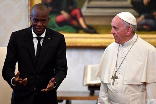Le président Jovenel Moise a rencontré ce vendredi le pape François au Vatican. Photo: AFP/Vaticano