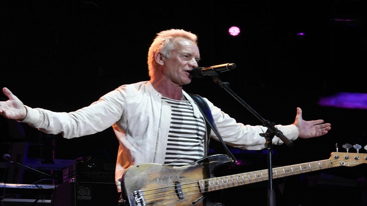 Sting performs at Shaggy & Friends. (PHOTOS: Marlon Reid)