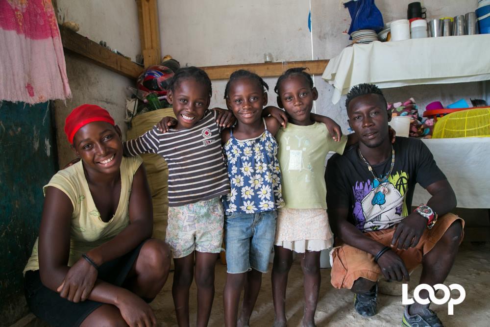 Le couple Jennifer et Gesner a donné naissance à trois filles: Roodlanda, Roodmilla, Roodmaella. Elles sont actuellement âgées de six ans. Photo: Loop Haïti /Estaïlove St-Val.