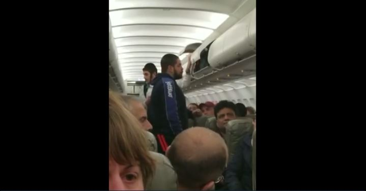 WATCH: JetBlue removes passenger 'for filming video mid-air