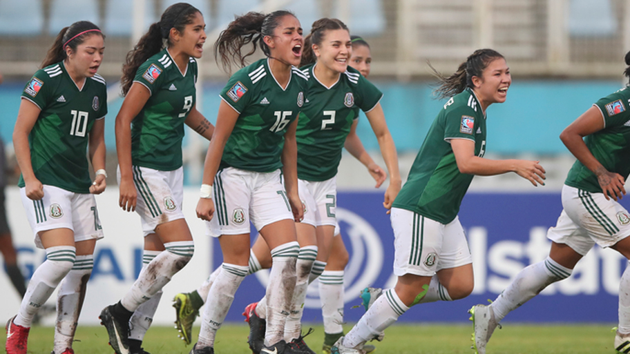 Mexico players celebrate after scoring against the USA in the CONCACAF Under-20 Women's Championship final (Image: CONCACAF)