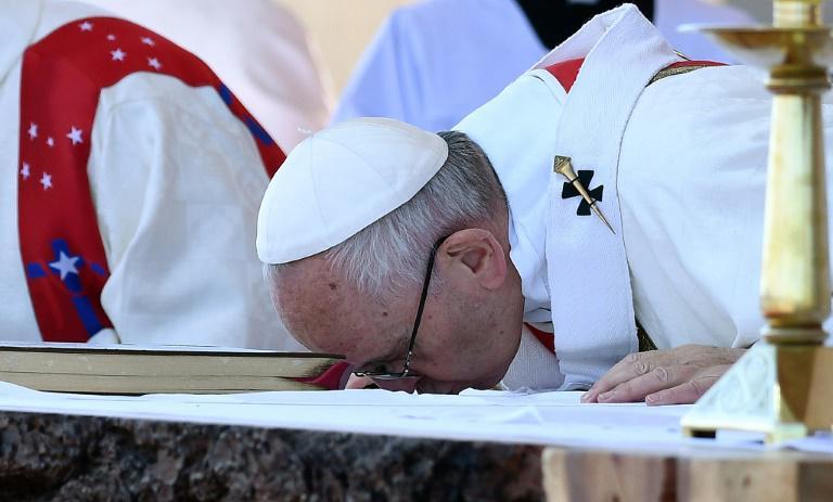 Le pape François célébrant une messe, le 17 janvier, à l'aéroport Maquehue, au Chili/ Photo: TV5