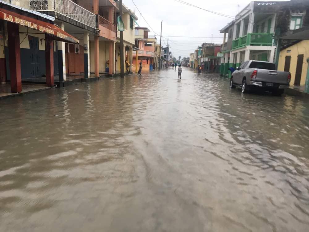Léger séisme et début inondations dans la ville des Cayes/ Photos: Charles Alphonse Wil