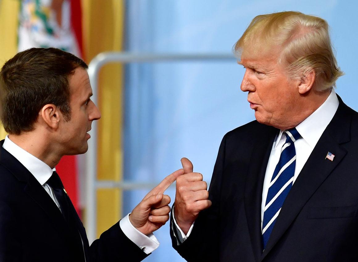Emmanuel Macron, président français, et Donald Trump, son homologue américain. Tobias Schwarz/AFP