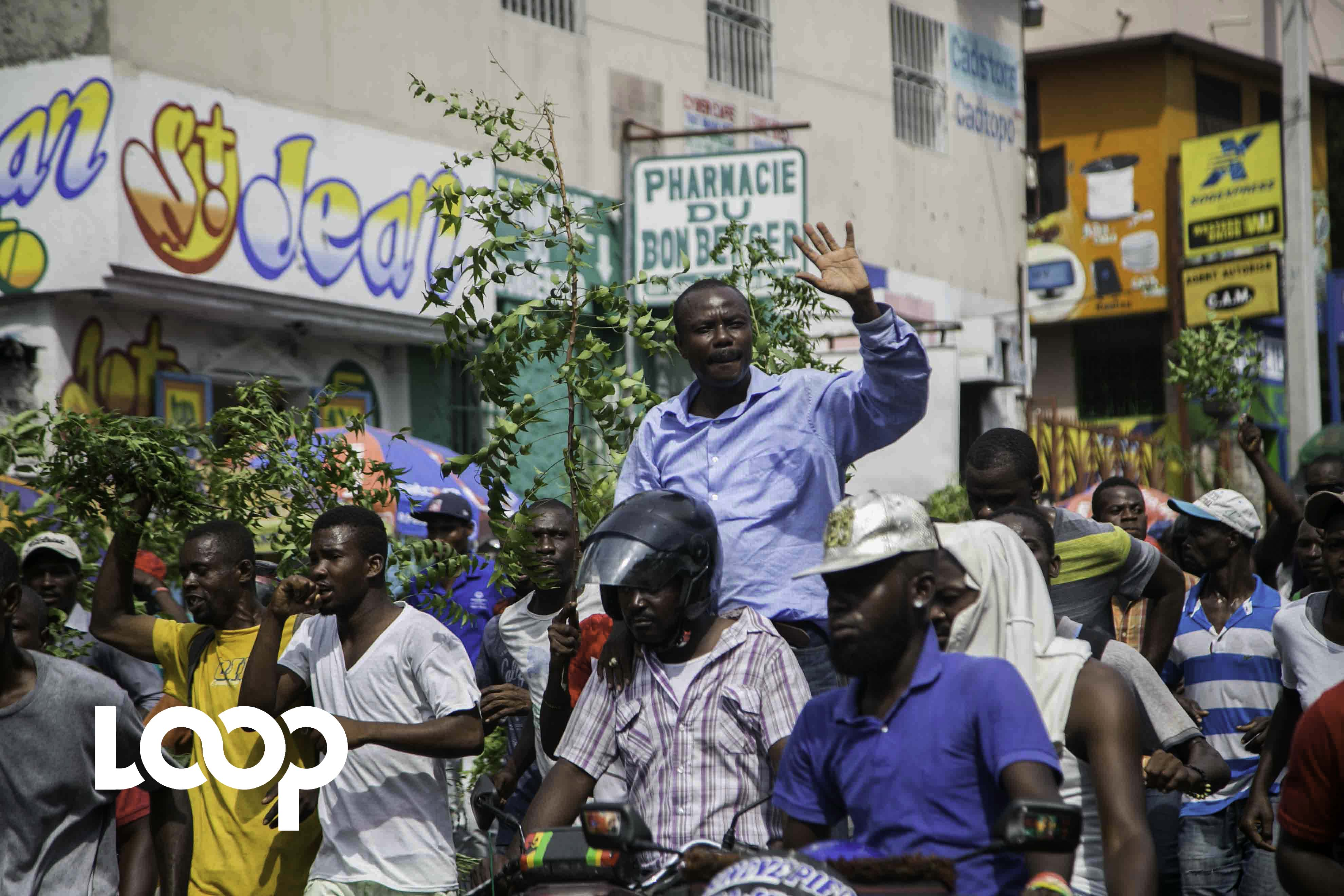Moise Jean Charles lors d'une manifestation