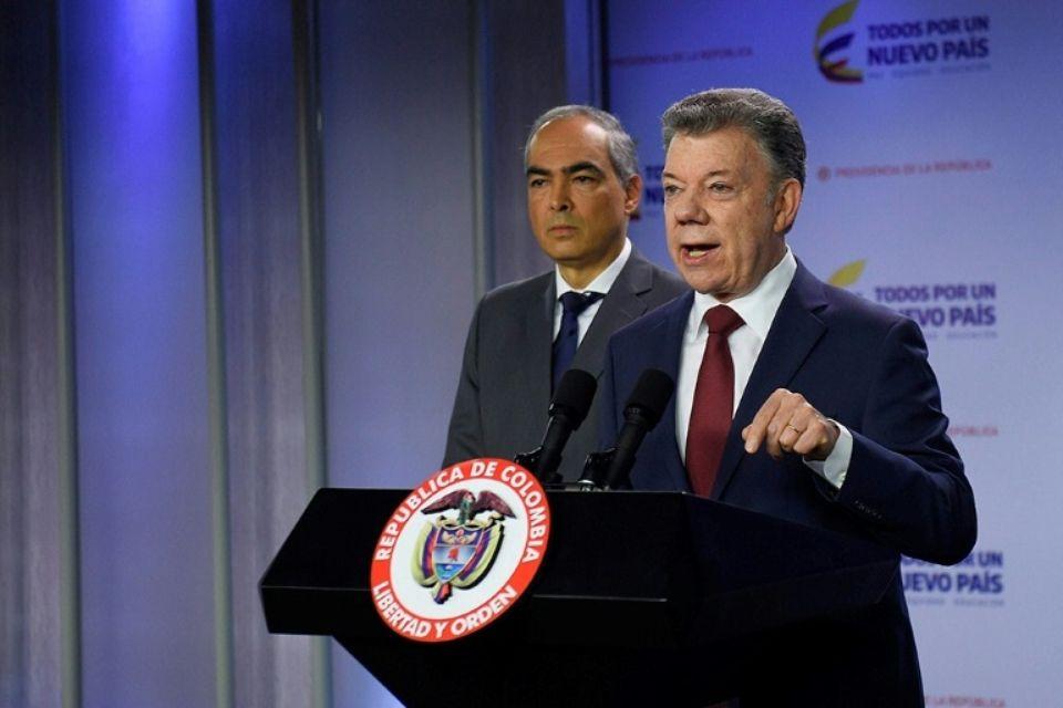 Le président suspend les négociations avec l'ELN après une attaque — Colombie