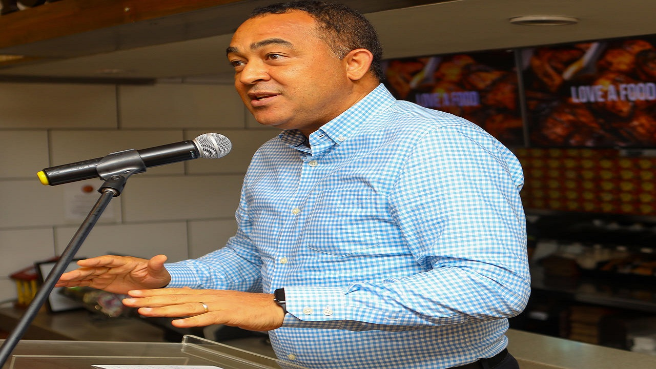 Health Minister, Dr Christopher Tufton (File)