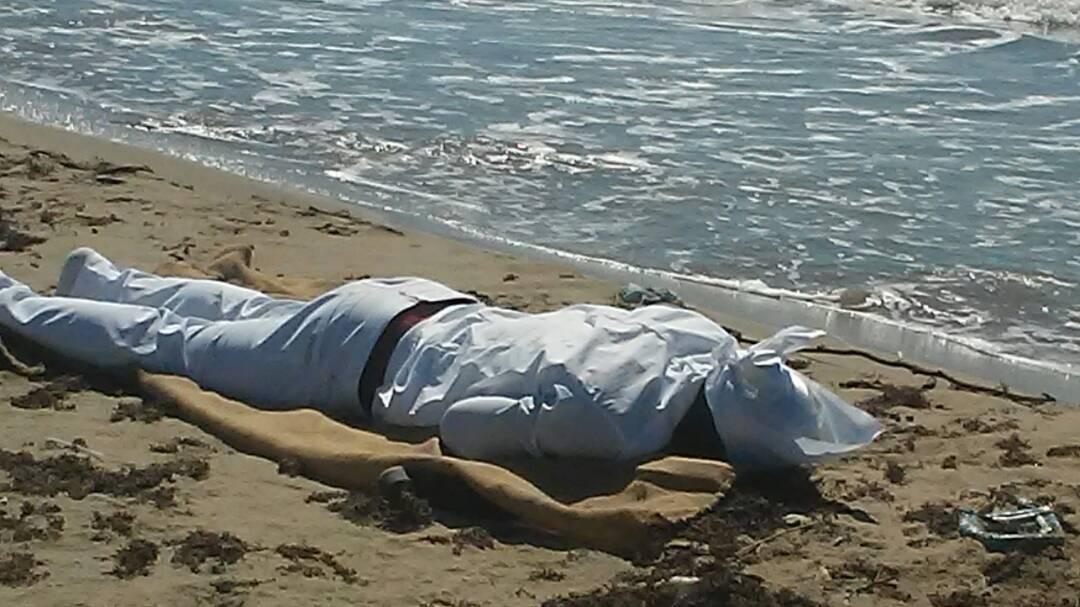 Le cadavre de l'homme retrouvé mort sur la plage de Gelée, aux Cayes