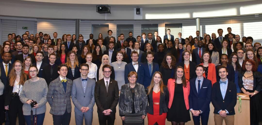 Photo: 22e législature du Parlement Jeunesse de la Belgique.