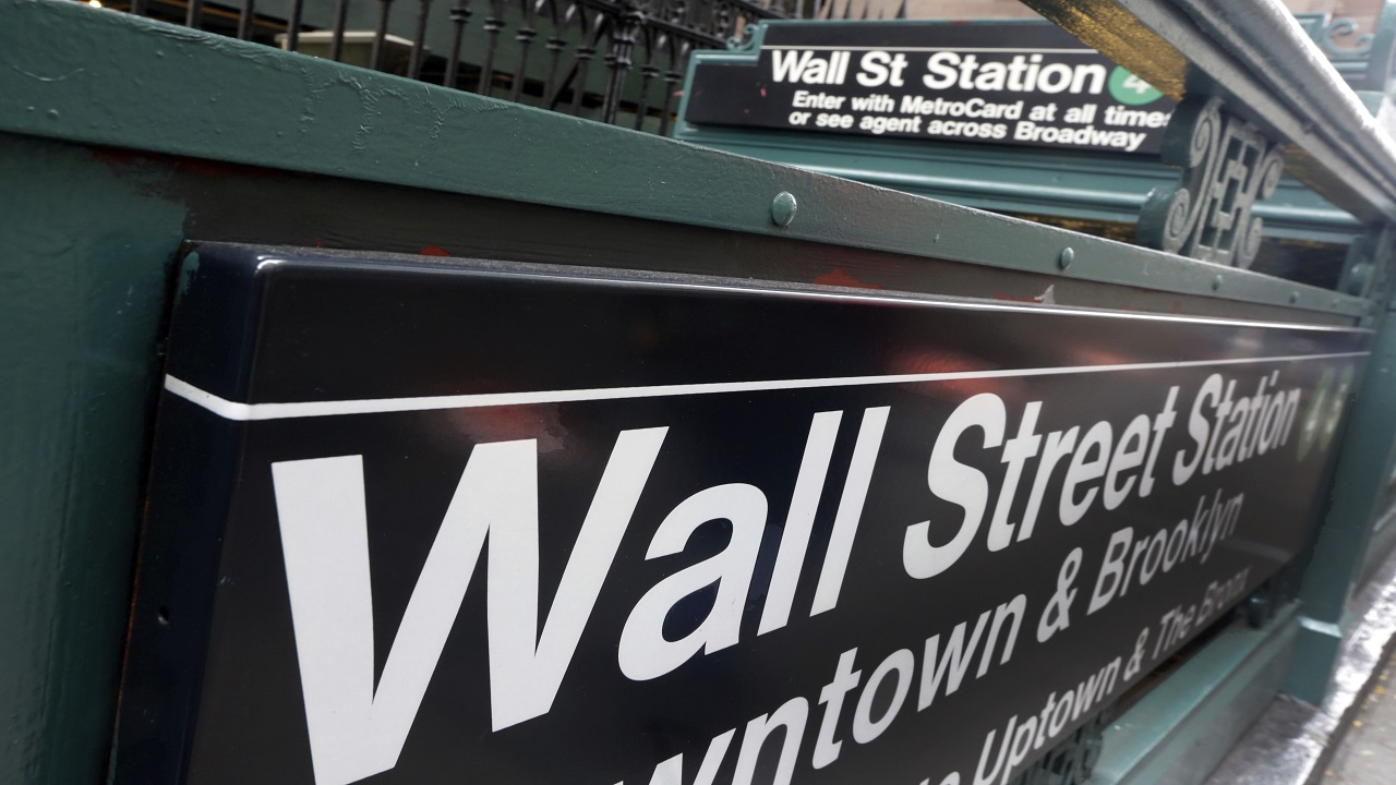 US stocks gain for 5th straight day, Dow up 1.2%