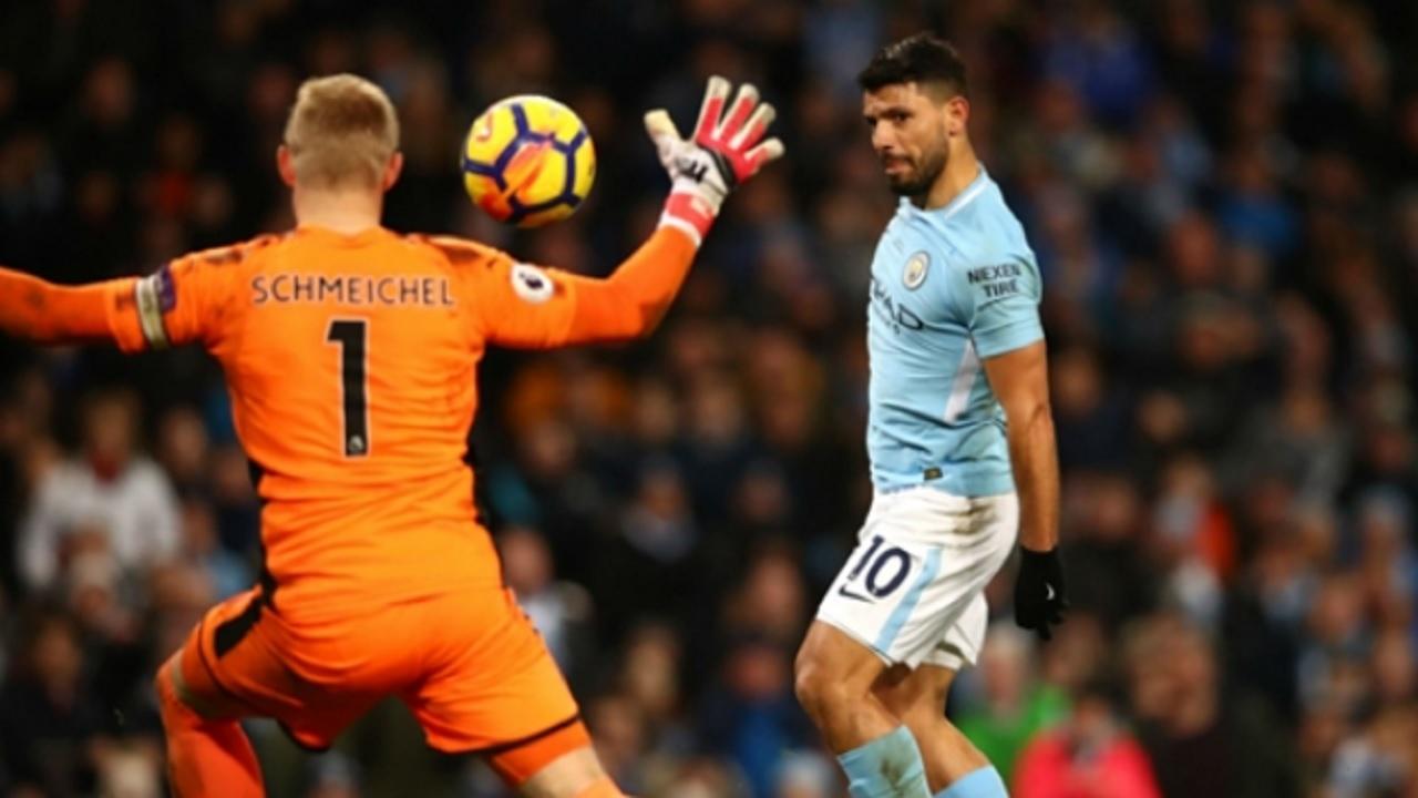 Manchester City's Sergio Aguero scoring.
