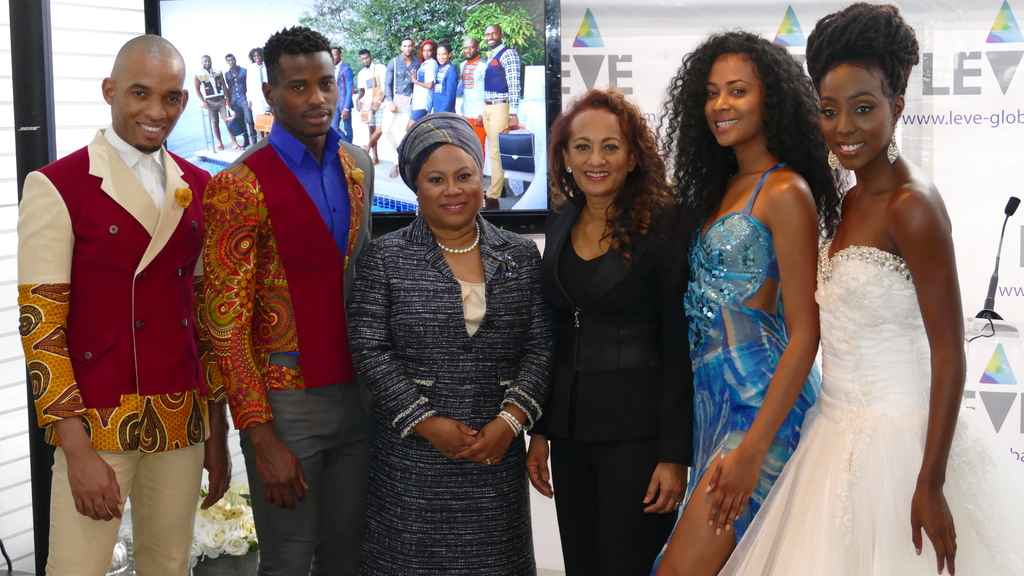 Dr. Denise Tsoi-a-Fatt Angus of the Tobago House of Assembly (THA) and Dr. Auliana Poon, Managing Director of Leve Global are flanked by models at the launch of Leve 2018