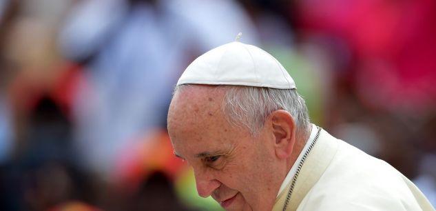 """Dans une lettre,  le pape est monté au créneau samedi. Le souverain pontife a appelé """"les Argentins à apporter leur contribution à la défense de la vie et de la justice""""."""