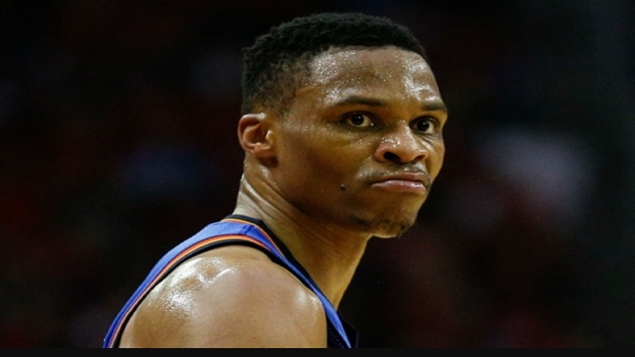Russell Westbrook drops 43 points on Suns and literally mops their floor