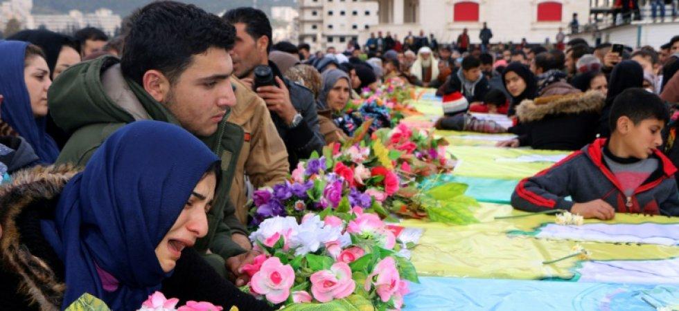 Funérailles  à Afrine le 1er mars 2018 aux  de combattants des Unités de protection du peuple (YPG), une milice kurde, tués dans des combats dans le nord de la Syrie