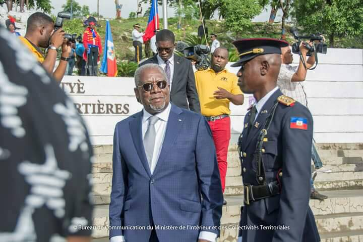 Le ministre de la Défense, Hervé Denis. Photo:MICT (Facebook ministère Défense)