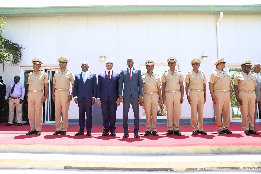 Jovenel Moise installe le haut Etat-Major de l'armée d'Haïti./ Photo : Président Jovenel Moise (Facebook)