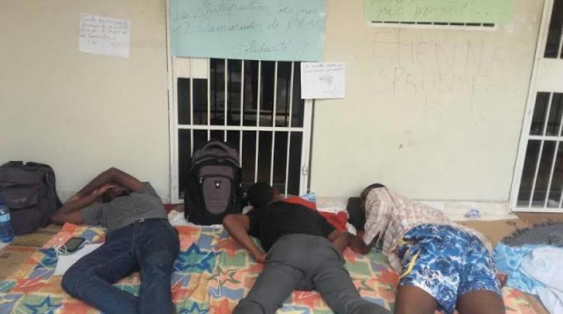 """Février 2017, des étudiants ont entamé une """"grève de faim"""" à l'Ecole normale supérieure (ENS), en passant des journées entières sans se ravitailler."""