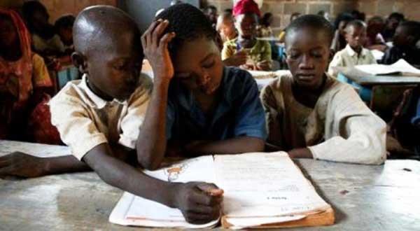 La Banque mondiale a consacré 3,2 milliards de dollars au cours des deux dernières années pour des projets éducatifs spécialement dédiés aux adolescentes, annonce faite par l'institution financière la veille de la journée internationale de la femme.