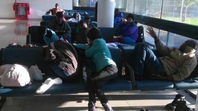 """""""Les Haïtiens se trouvent dans des conditions infrahumaines"""", a déclaré Alexis Aguirre, coordinateur national de la violation des droits des immigrés de l'INDH ./Photo: Radio Matías"""