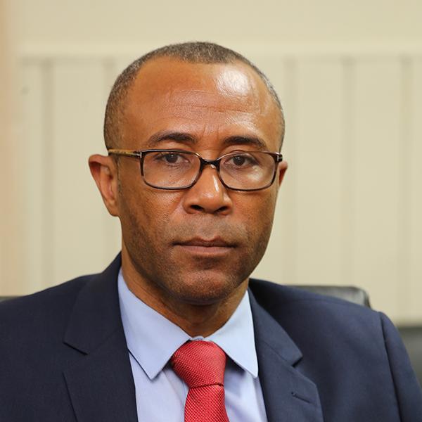 Pierre Marie du Meny, actuel ministre du Commerce et de l'Industrie.