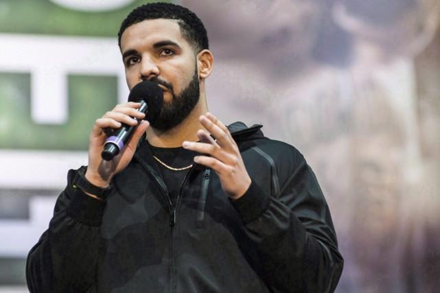 Drake, la superstar du rap nord-américain, continue de battre les records de streaming.